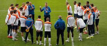 De jeugd van vv Scherpenzeel gaat een training van het Nederlands Elftal bijwonen!